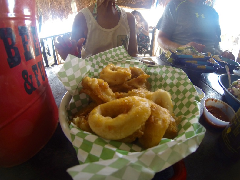 Couldn't resist the calamares fritos (fried squid rings)...