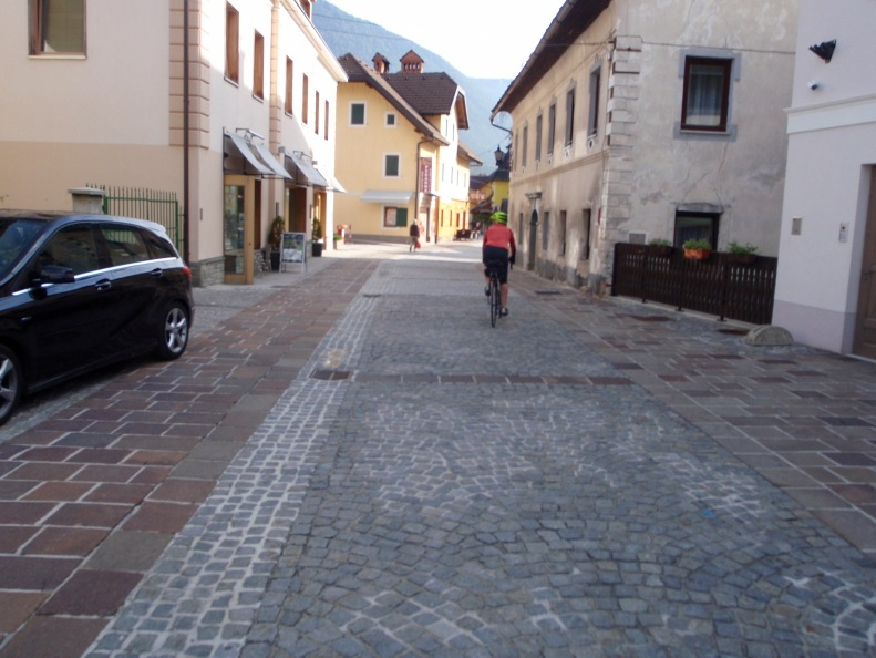 Riding back through town on the way towards Bled...