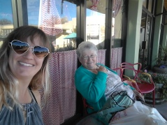 Hanging out with Eleanor, who put me up for a few days near Cliff, New Mexico.
