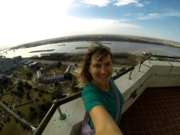 Finally arriving in Baton Rouge, sightseeing (here, I am at the top of the Capitol building).